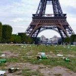 Париж, в который я больше не поеду — арабы и кучи мусора. Понятно — они же веками не мылись, выливали помои и дерьмо в окна