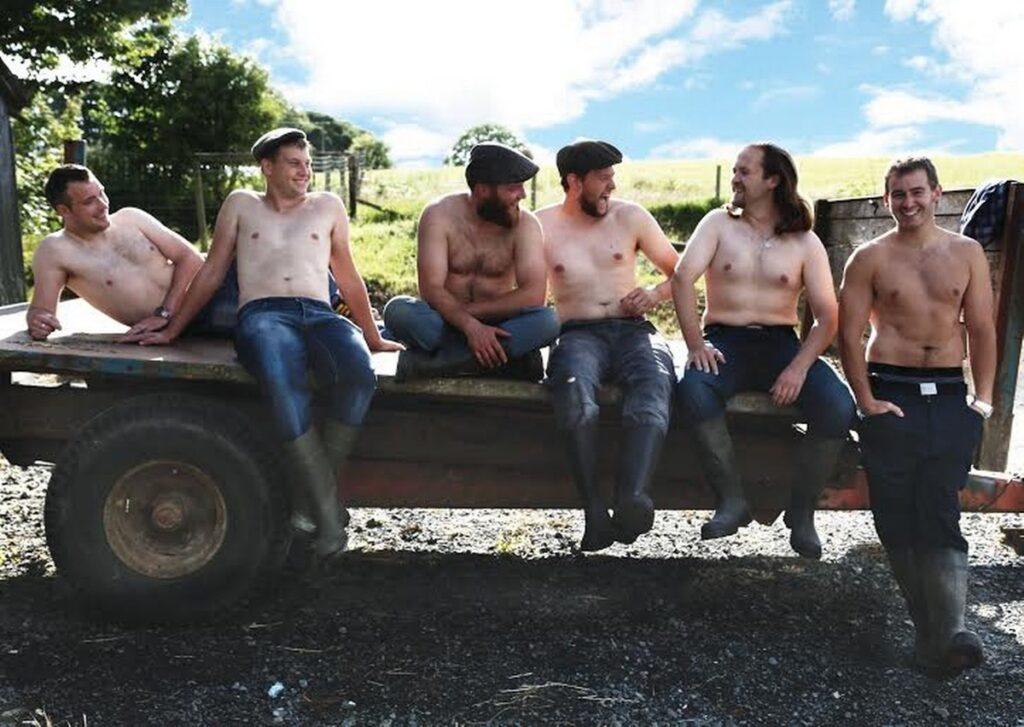 деревенские парни зарабатывают