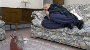 англия пенсионеры замерзают